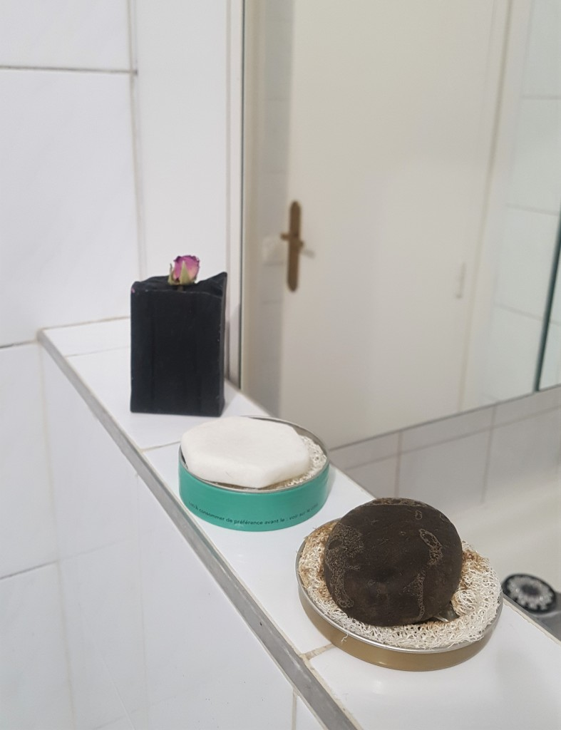 zéro déchet salle de bain shampoing solide mes idées naturelles trousse de toilette zéro déchet